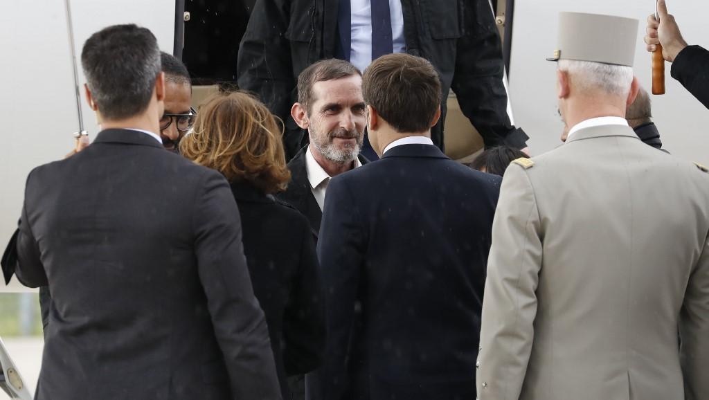 Les ex-otages au Sahel sont rentrés en France