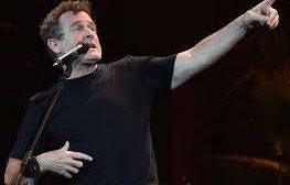 Mort du chanteur sud-africain Johnny Clegg, « le Zoulou blanc » qui combattait l'apartheid