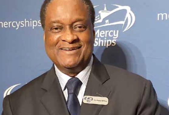 Dr Pierre M'PELE, Ambassadeur de Mercy Ships pour l'Afrique et Directeur du Bureau Régional de Mercy SHIPS en Afrique: «L'Afrique change et les systèmes de santé également. Mais, il reste encore beaucoup de travail à faire»