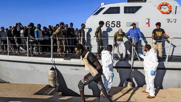 La France renonce à la livraison controversée de bateaux aux garde-côtes libyens