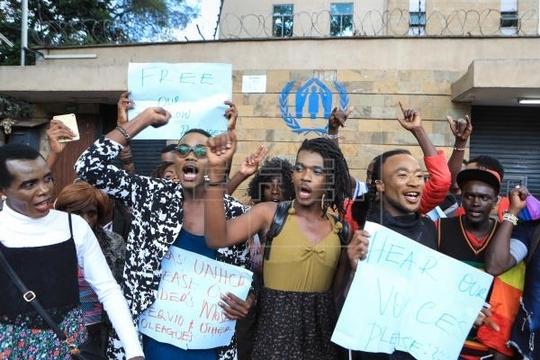 SOCIETE: MOUVEMENT D'HUMEUR À LA SUITE DU SUICIDE D'UN RÉFUGIÉ À NAIROBI.