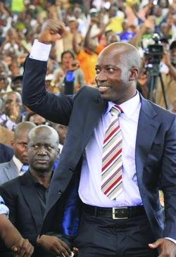 POLITIQUE : CHARLES BLE GOUDE, ex-Ministre ivoirien de la Jeunesse :  « Un jour viendra où nous comprendrons tous la nécessité de rassembler de nouveau les Ivoiriens »